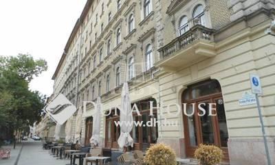 Eladó Lakás, Budapest, 8 kerület, Palotanegyedben két bejáratos, nagy lakás
