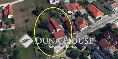 Eladó Ház, Győr-Moson-Sopron megye, Győr, Révfaluban modern, stílusos családi ház