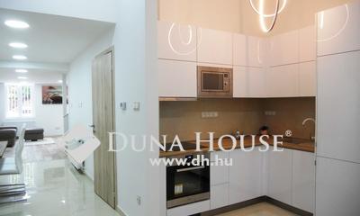Eladó Lakás, Budapest, 6 kerület, VI. Nyugatinál, felújított, 2+3fél szobás ritkaság