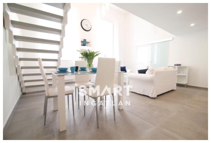 Eladó Lakás, Budapest, 5 kerület, Remek lokációban, napényes felújított lakás eladó