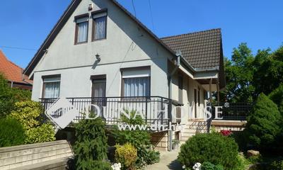 Eladó Ház, Budapest, 16 kerület, Önálló 5 szobás családi ház, garázs, igényes kert!