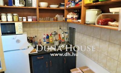 Eladó Lakás, Budapest, 18 kerület, Pestszentimre központi lakás kertrésszel,garázzsal