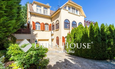 Eladó Ház, Budapest, 12 kerület, Panorámás csodaház, mediterrán kerttel, extrákkal!