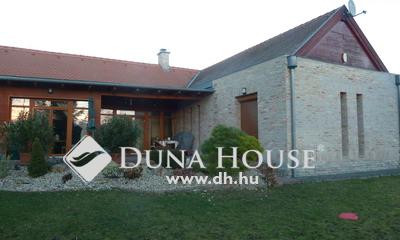 Eladó Ház, Pest megye, Herceghalom, Központhoz közel,csendes utcában