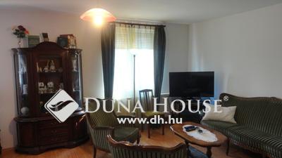 Eladó Lakás, Veszprém megye, Hajmáskér, Földszinti, 3 szobás bútorozott téglalakás