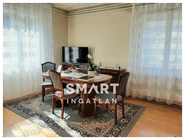 Eladó Ház, Budapest, 16 kerület, Nagycsaládosoknak,jó állapot,akár 2 lakásként