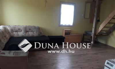 Eladó Ház, Pest megye, Mogyoród, Hév állomàshoz közel