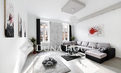 Eladó Lakás, Budapest, 7 kerület, Rózsák terénél felújított 2 lakás egymás mellett