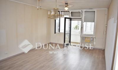 Eladó Lakás, Vas megye, Szombathely, Belvárosi 3 szobás erkélyes lakás