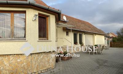 Eladó Ház, Pest megye, Ceglédbercel, Kitünő állapot! Nagy Garázs és mellék épület!
