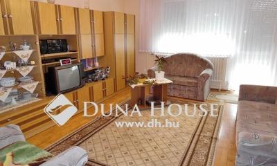 Eladó Ház, Hajdú-Bihar megye, Debrecen, sorház, Csapókert, Olajütő városrészen