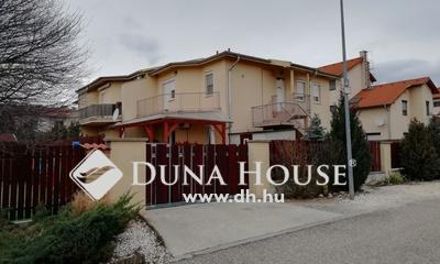 Eladó Lakás, Budapest, 17 kerület, Helikopter lakóparkban teraszos lakás