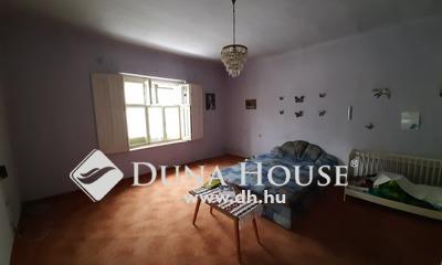 Eladó Ház, Tolna megye, Mórágy, Központi helyen 3 szobás családi ház