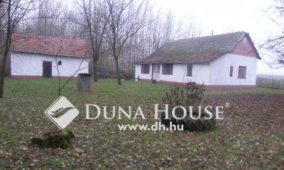 Eladó Ház, Csongrád megye, Csólyospálos, Beton úthoz közel