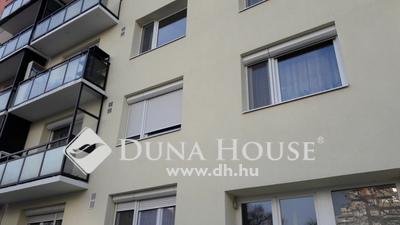 Eladó Lakás, Budapest, 15 kerület, Zsókavár utca, parkra néző panelprogramos