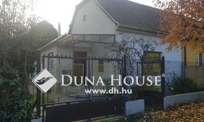 Eladó Ház, Komárom-Esztergom megye, Komárom, Arany János utca