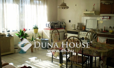 Eladó Ház, Pest megye, Csomád, Veresi elágazás közelében