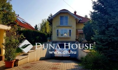 Eladó Ház, Pest megye, Budaörs, családi ház, 6 szoba, 4 fürdő, remek lokáció
