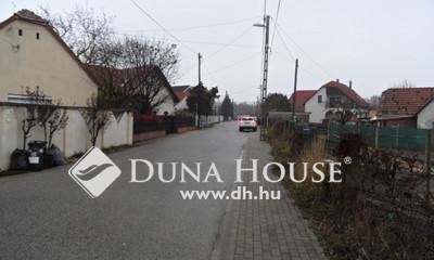 Eladó Ház, Fejér megye, Székesfehérvár, Feketehegy hangulatos helyen