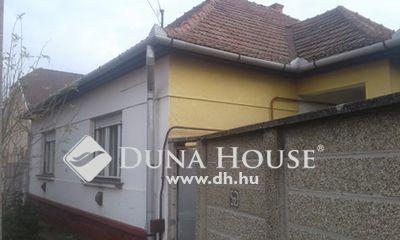 Eladó Ház, Jász-Nagykun-Szolnok megye, Jászberény, Belváros környékén