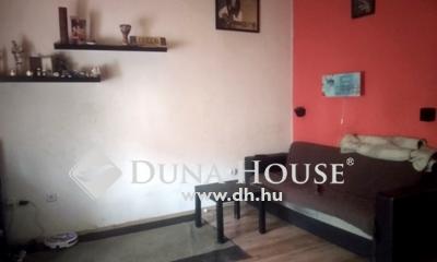 Eladó Ház, Budapest, 19 kerület, Óváros szívében, saját autóbeállóval