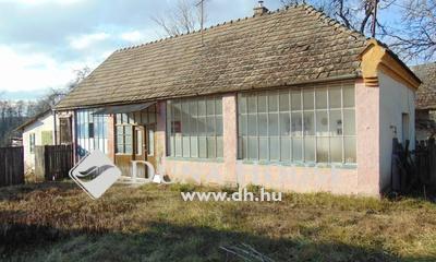 Eladó Ház, Komárom-Esztergom megye, Réde, központhoz közel, csendes utcában