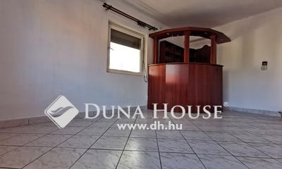 Eladó Ház, Komárom-Esztergom megye, Tatabánya, Borbély Sándor utca