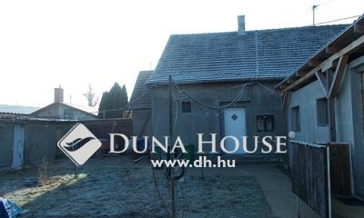 Eladó Ház, Komárom-Esztergom megye, Tatabánya, Szemere Bertalan utca