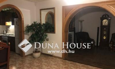Eladó Ház, Hajdú-Bihar megye, Debrecen, Debrecen frekventált részén