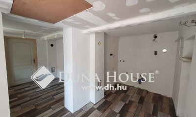 Eladó Ház, Jász-Nagykun-Szolnok megye, Jászberény, Gerőcs kerámia közelében