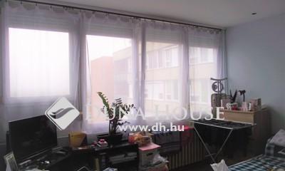 Eladó Lakás, Pest megye, Gödöllő, Szabadság tér