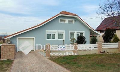 Eladó Ház, Veszprém megye, Nagyesztergár, Közel Zirchez