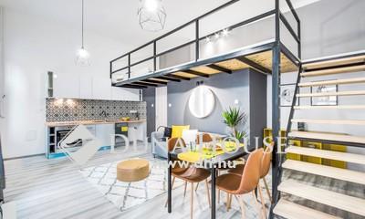 Eladó Lakás, Budapest, 7 kerület, Hangulatos ház,kész felújítás,berendezett