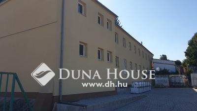 Eladó Ipari ingatlan, Tolna megye, Bonyhád, Bajcsy-Zsilinszky utca