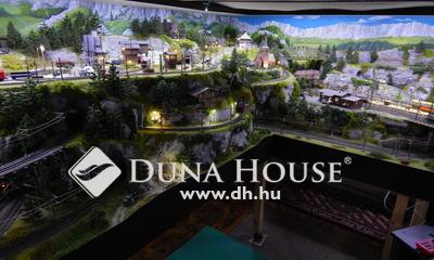 Eladó Ház, Pest megye, Szada, 160 nm-es 6 szobás családi ház melléképületekkel