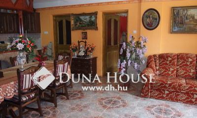 Eladó Ház, Bács-Kiskun megye, Kiskunfélegyháza, Modern, amerikai konyhás nappalis felújított