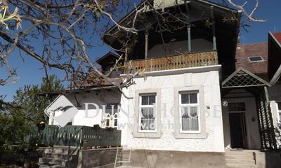 Eladó Ház, Veszprém megye, Balatonfüred, Balatontól séta távolságra