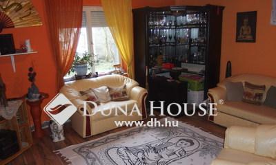 Eladó Ház, Bács-Kiskun megye, Kiskunfélegyháza, Nappali+3 szobás különportás családi ház