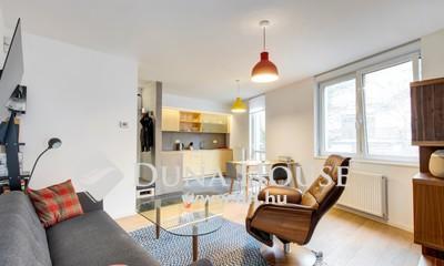 Eladó Lakás, Budapest, 12 kerület, Széchenyihegyen minimál házban lakás eladó!