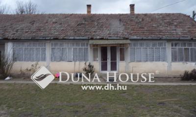 Eladó Ház, Pest megye, Tápióbicske, Központhoz közeli