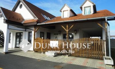 Eladó Ház, Győr-Moson-Sopron megye, Fertőd, Fertőd 3 az 1-ben (lakás + panzió + söröző)