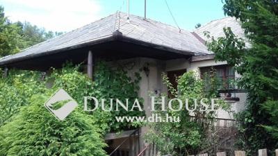 Eladó Ház, Baranya megye, Pécs, 'Lakható házikó busztól 50 méterre'