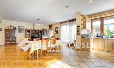 Eladó Lakás, Budapest, 2 kerület, Zöldmálon, Nappali + 3 külön szoba, 2 garázzsal