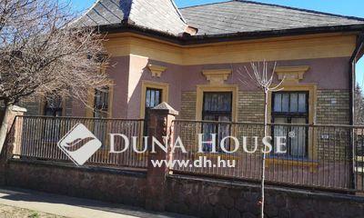 Eladó Ház, Pest megye, Vecsés, Csendes utcában KÚRIA