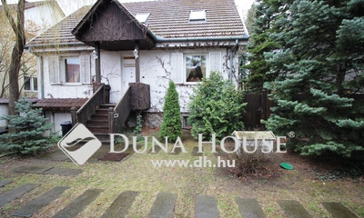 Eladó Ház, Bács-Kiskun megye, Kecskemét, Otthonos, jó állapotú ház a Petőfivárosban