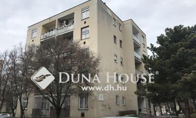 Eladó Lakás, Budapest, 16 kerület, Centenáriumi lakótelepen 2 szobás, erkélyes lakás