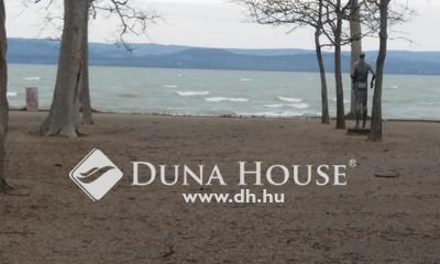 Eladó Telek, Somogy megye, Balatonföldvár, vízpartra panorámás