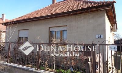 Eladó Ház, Bács-Kiskun megye, Izsák, Óvodához, piachoz közel 3 szobás családi ház eladó