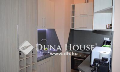 Eladó Lakás, Hajdú-Bihar megye, Debrecen, Füredi Lakóparkban bútorozott 1+1-es lakás