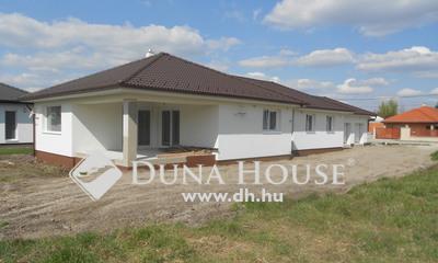 Eladó Ház, Győr-Moson-Sopron megye, Győr, Új,családi házas